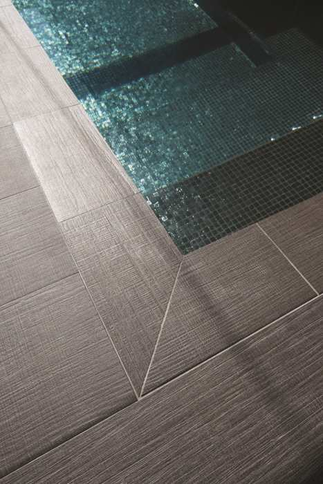 ceramic tiles for the pool