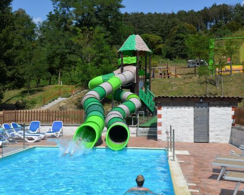 Giochilibri Summertoys Have Fun In The Water Italian Pool Technology