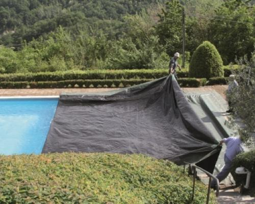 How to reduce swimming pool heating costs by using a pool for Piscine cmg italie